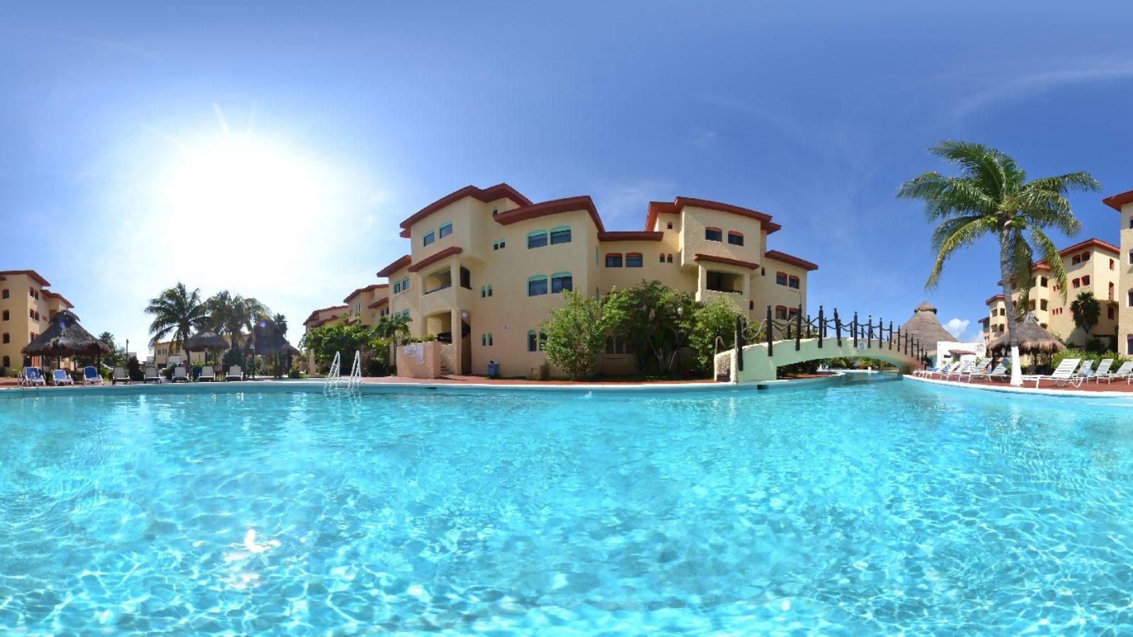 image El hotel de los 5 polvos 2000 full movie